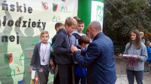 Mistrzostwa Powiatu w sztafetowych biegach przełajowych 2016_19